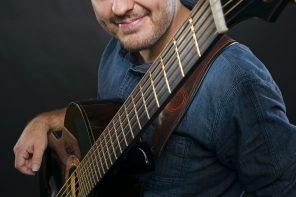 Andy McKee: gitarzysta, który zachwyca internautów wystąpi w Sopocie