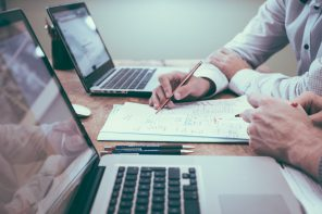 Zarządzanie poprzez coaching – czy to się opłaca?