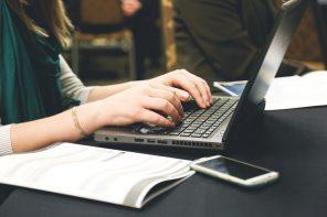Jak pisać służbowe e-maile?