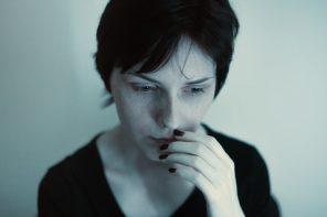 JAK ROZPOZNAĆ PRZEMOC PSYCHICZNĄ