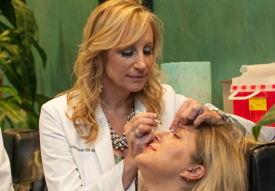 magazynkobiet.pl - botoks zabieg kosmetyczka 1050x730 - Botoks w rękach kosmetyczki. Plaga nielegalnych zabiegów