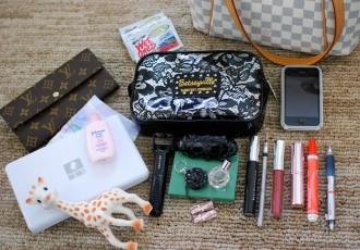 magazynkobiet.pl - torebka 330x230 - Niezbędnik damskiej torebki
