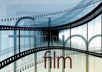 """magazynkobiet.pl - kino 330x233 - """"Brooklyn"""" z Saoirse Ronan przedpremierowo  9 lutego w ramach cyklu  """"Kino na Obcasach""""!"""
