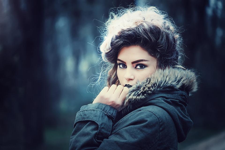 magazynkobiet.pl - fashion 1063100 960 720 - Nutrikosmetyki – sposób na dobrą kondycję włosów, skóry i paznokci