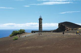 magazynkobiet.pl - Capelinhos Volcano 2 Faial Azores fot Gustav sm web 330x219 - Portugalia – 8 muzeów, które musisz odwiedzić