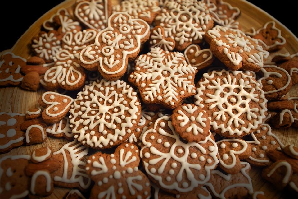 magazynkobiet.pl - cakes 1151690 960 720 - Idą święta – zacznij myśleć o prezentach!