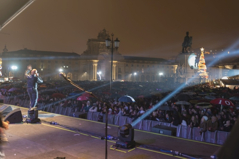 lizbona-koncert-sylwestrowy-1-fot-turismo-de-lisboa-sm-web