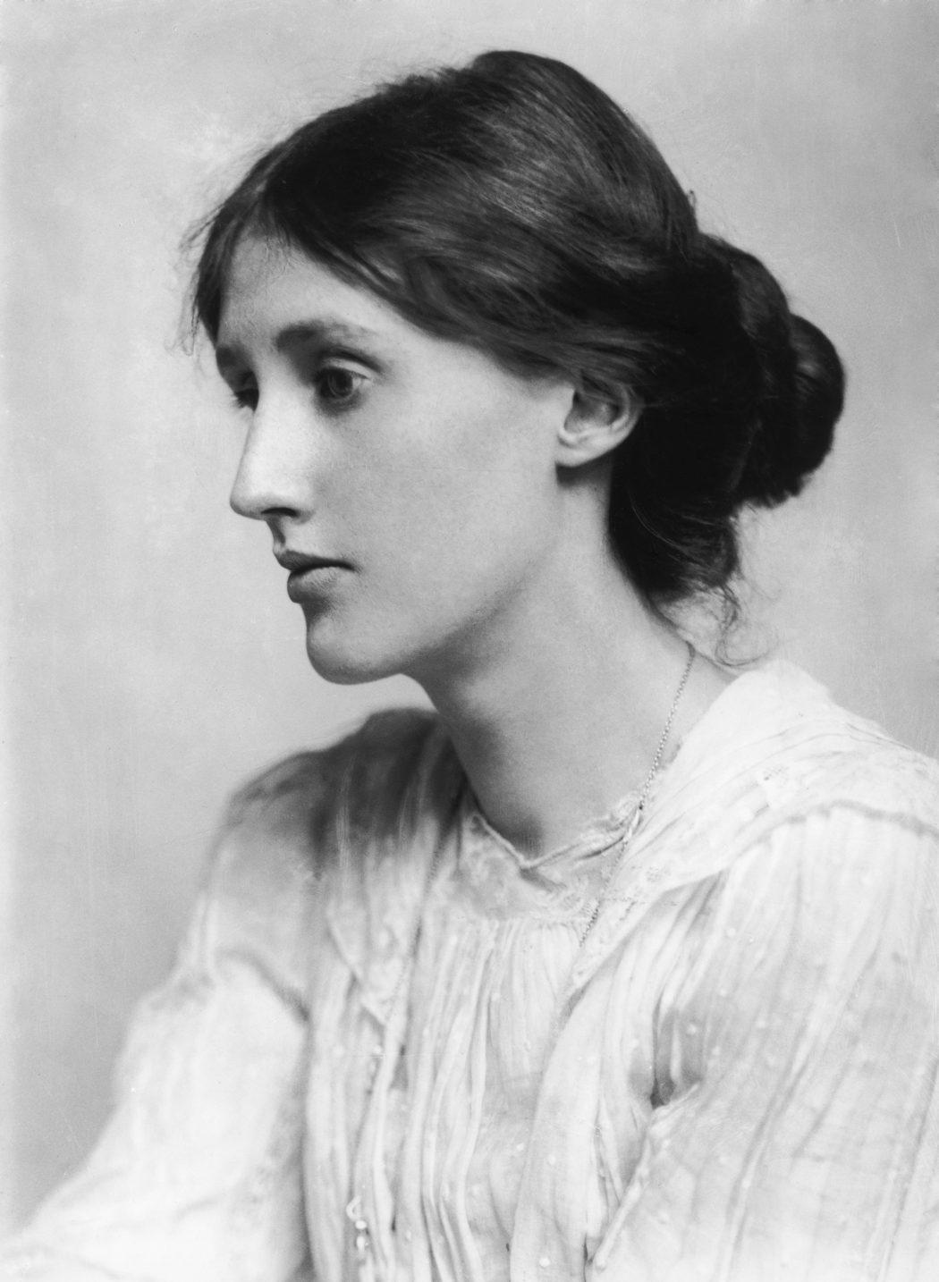 magazynkobiet.pl - George Charles Beresford   Virginia Woolf in 1902 1050x1434 - Virginia Woolf – kobieta, pisarka, feministka. Niech życie będzie fascynujące