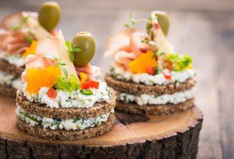 magazynkobiet.pl - hortex 2 117295499 330x225 - Pomysły na karnawałowe dania, które zaskoczą Twoich gości