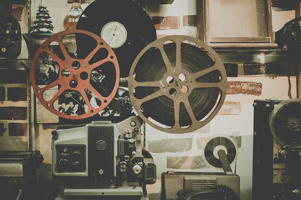 magazynkobiet.pl - movie 918655 960 720 - Dzisiaj idziemy do kina… studyjnego!