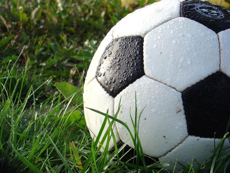 magazynkobiet.pl - soccer 490669 960 720 - Bo piłka nożna jest kobietą!