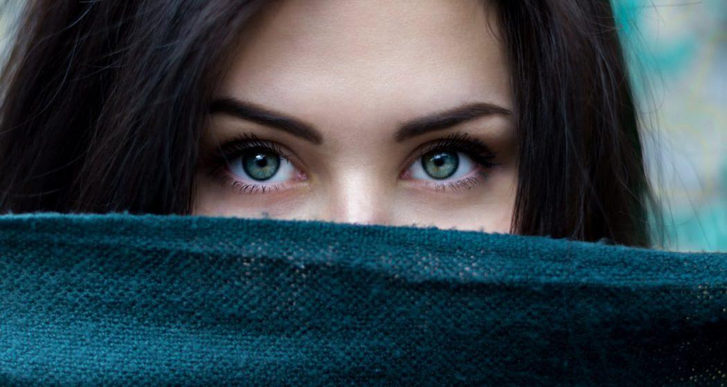 magazynkobiet.pl - kobieta 1050x559 - Negatywny wpływ stereotypów względem kobiet