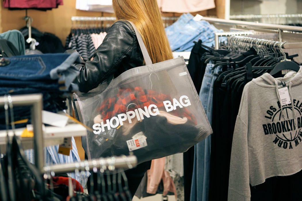 magazynkobiet.pl - shopping 2163323 1280 1050x700 - Mieć, mieć, mieć…