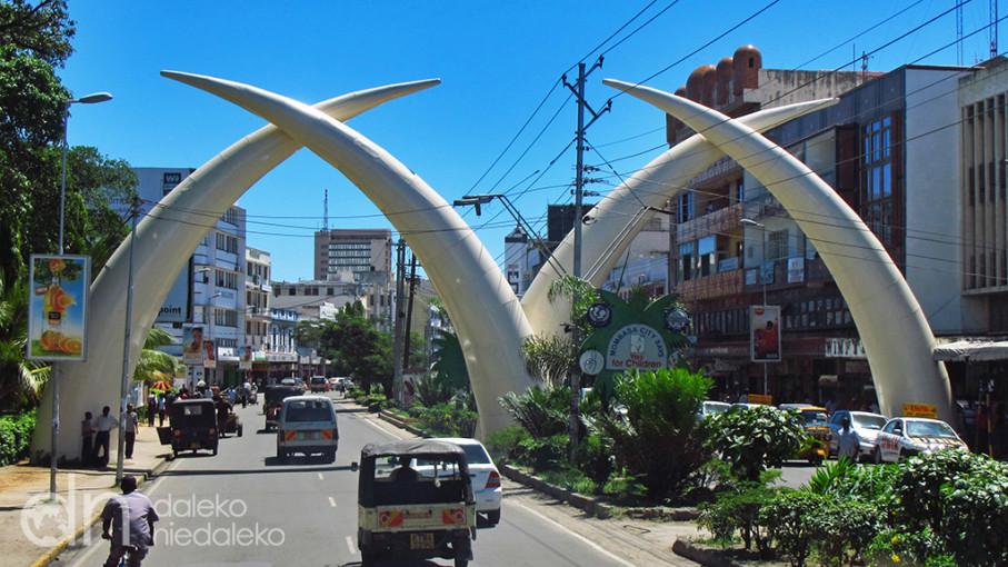 magazynkobiet.pl - mombasa 09 907x510 - Trzeba inwestować w doświadczenia.  Rozmowa z Ewą Serwicką