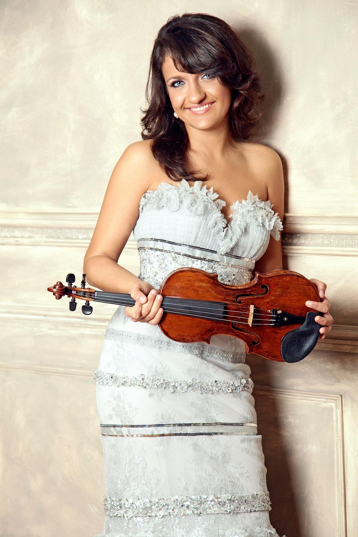 magazynkobiet.pl - Irmina Trynkos solistka - przypinanie test 2