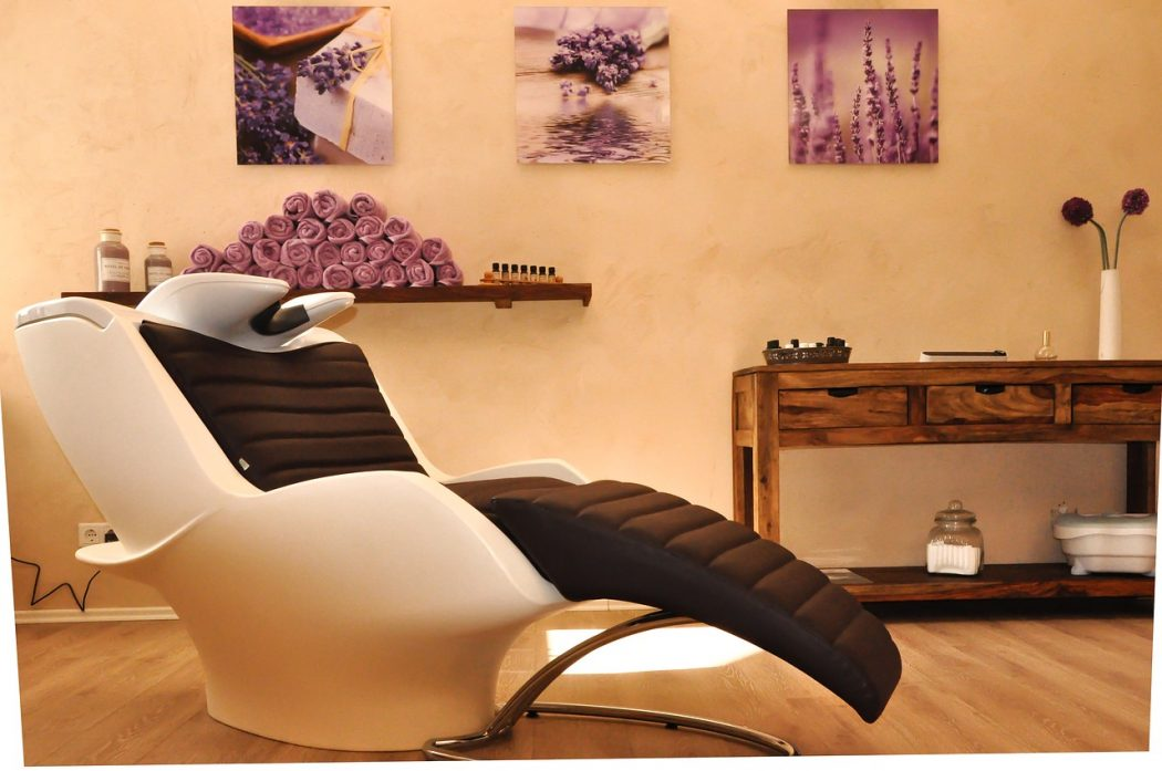 magazynkobiet.pl - hairdressing salon 2693077 1280 1050x697 - W poszukiwaniu igły w kosmetycznym sianie