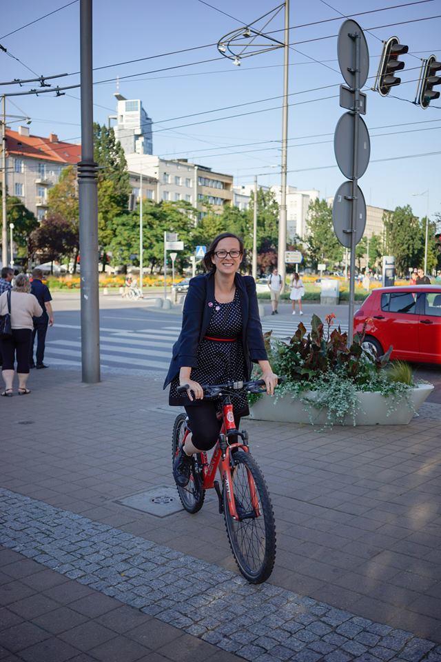 magazynkobiet.pl - Ola Hołubowicz oblicza polityki - Żelazne damy polityki