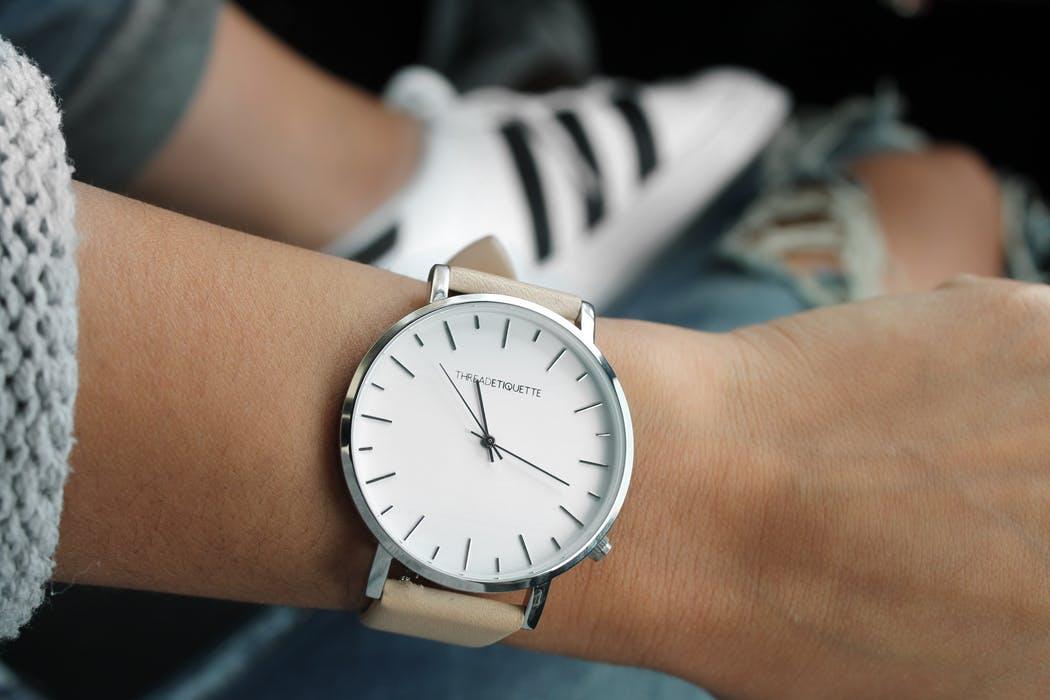 magazynkobiet.pl - watch fashion accessories clothes 157627 1050x700 - Zegarki damskie- trendy 2018