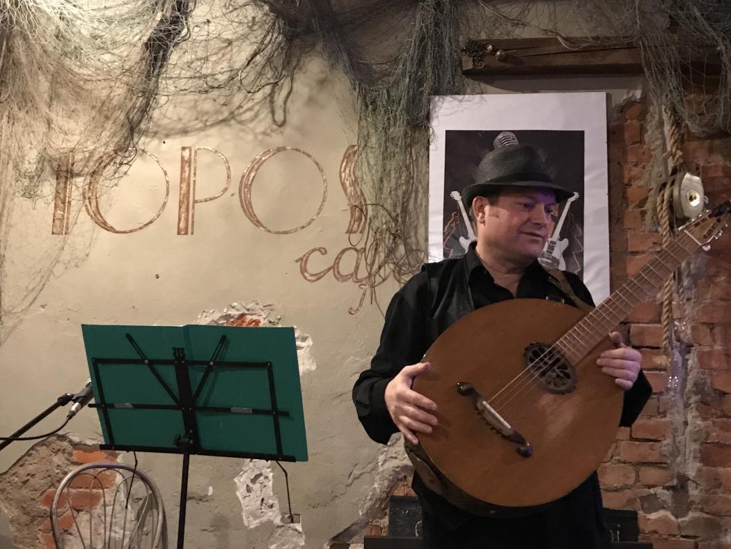 magazynkobiet.pl - Volodymyr Bilokur 1050x788 - Koncert Volodymyr Bilokur w Restauracji Majolika