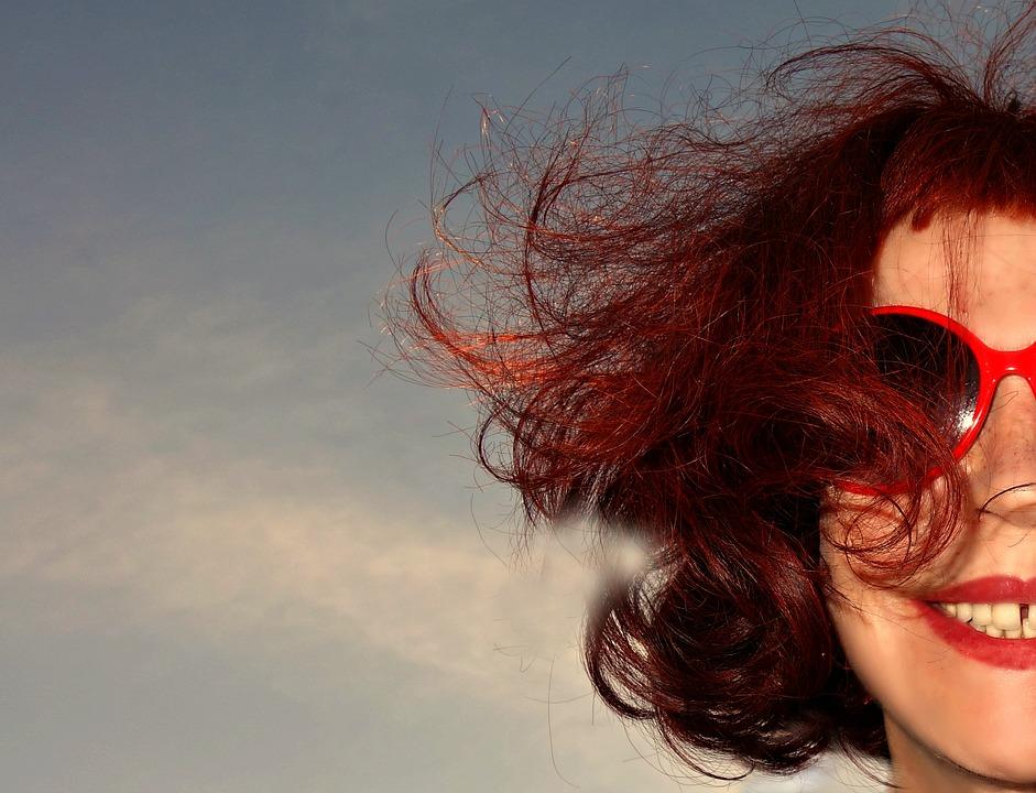 magazynkobiet.pl - pixabay portrait 1579774 960 720 - Hit 2018! Mulled Wine Hair, czyli grzaniec na głowie