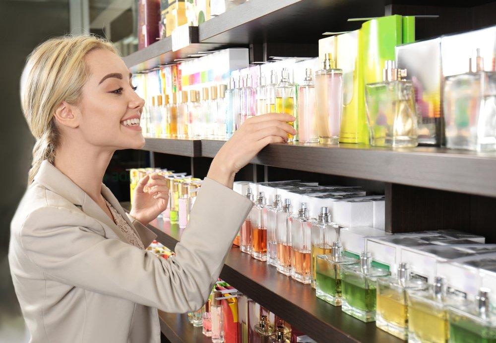 magazynkobiet.pl - jak sie perfumowac3 - Jak się perfumować? Wydobądź z perfum to, co najlepsze