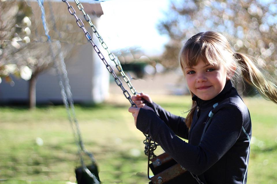 magazynkobiet.pl - nature 3072941 960 720 - Jak dbać o zdrowie dziecka?