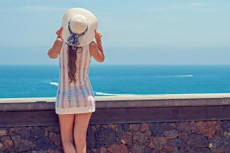 magazynkobiet.pl - summer 2337955 960 720 330x220 - Jak dbać o skórę latem?
