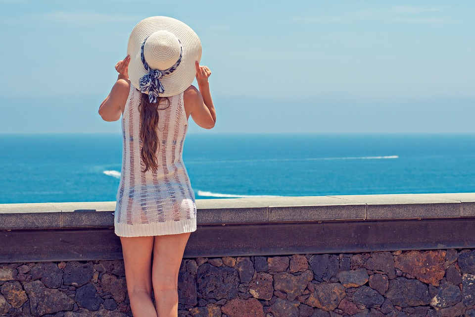 magazynkobiet.pl - summer 2337955 960 720 - Jak dbać o skórę latem?