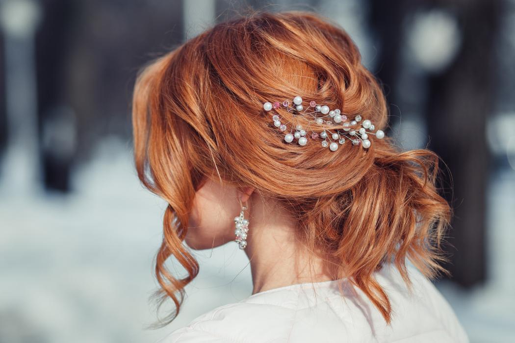 magazynkobiet.pl - adobestock 106565806 1050x700 - Modne upięcia włosów na co dzień