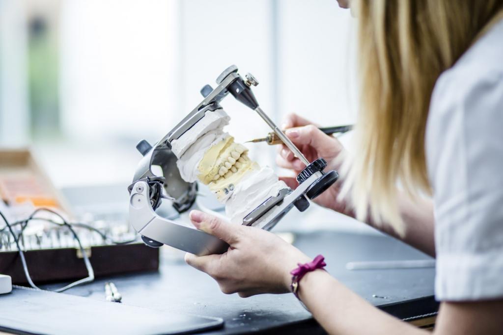 magazynkobiet.pl - Nawrocki Clinic00173 1024x683 - Stomatologia przyszłości już dziś dostępna w Nawrocki Clinic