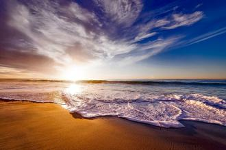 magazynkobiet.pl - california 1751455 960 720 330x219 - Polskie morze jesienią? Zobacz, że warto się przekonać
