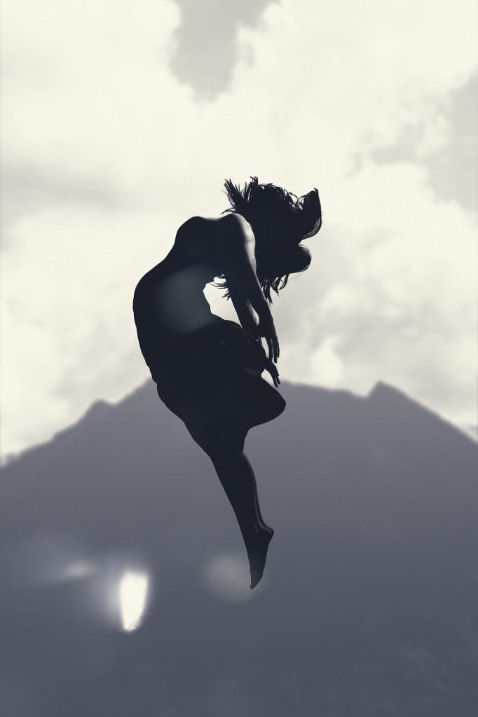 magazynkobiet.pl - mohamed nohassi 739370 unsplash 682x1024 - Flamenco, salsa, funky, soca – czy taniec może być terapią?