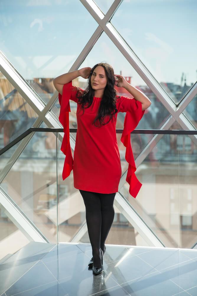 magazynkobiet.pl - pol pl czerwona sukienka alyss plus size wizytowa 2246 2 - Eleganckie sukienki XXL - na każdą okazję