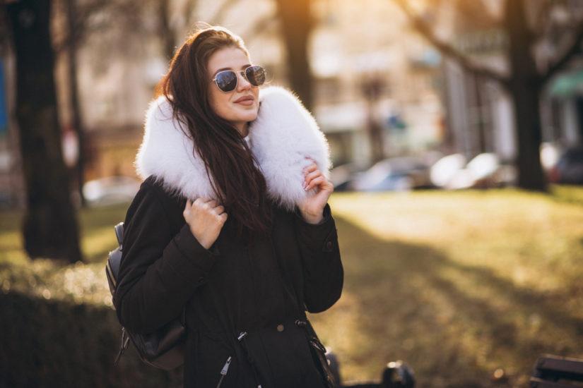 magazynkobiet.pl - kurtka z futerkiem 825x550 - Modna na nartach, czyli kurtki zimowe damskie