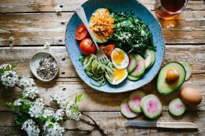 Jak wybrać dobrą dietę pudełkową? – radzi Cateromarket