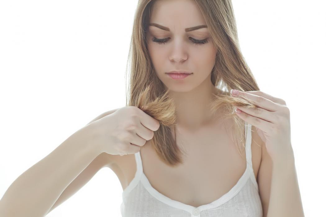 Pielęgnacja włosów suchych i łamliwych