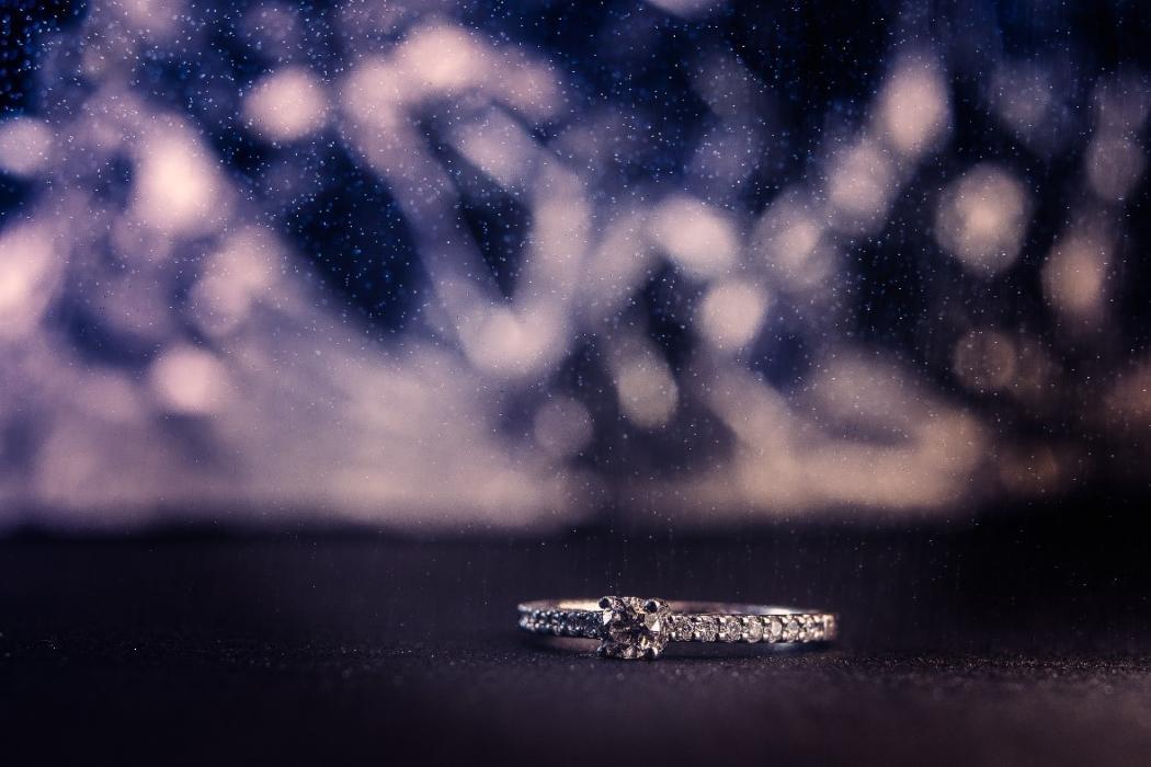 magazynkobiet.pl - 1 1050x700 - Diamenty czy cyrkonie?