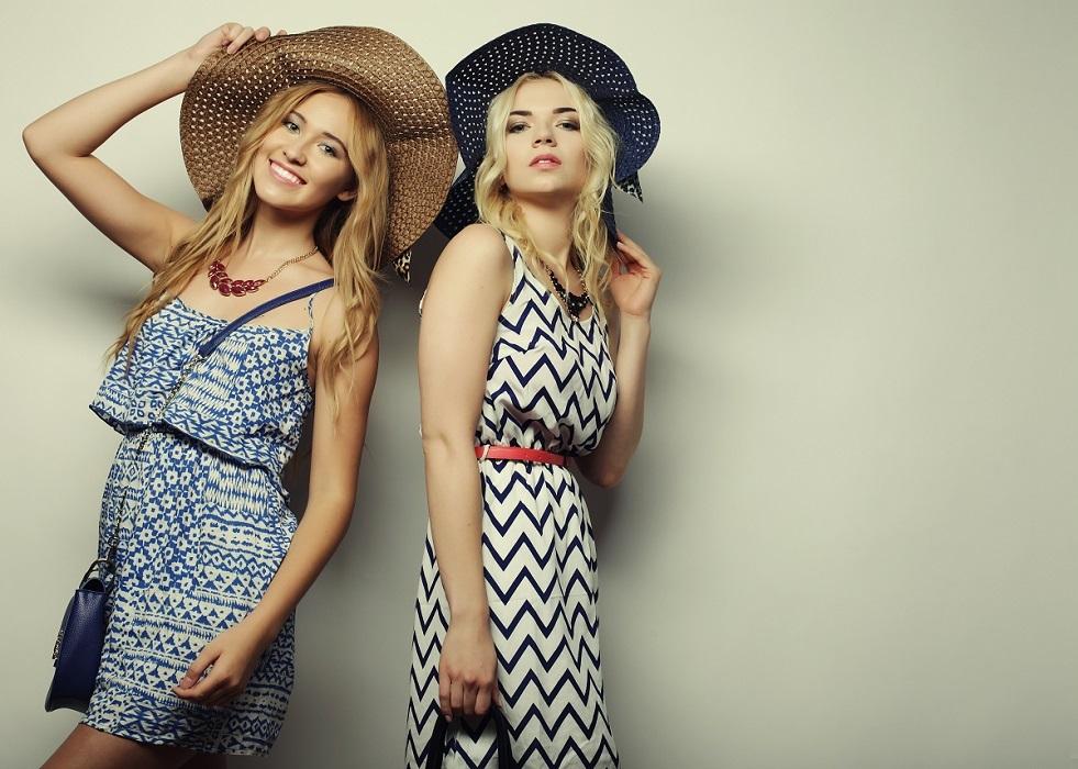 magazynkobiet.pl - eb5909c247d8e5f8da6a2982e1f96cc8 - Jakie sukienki sprawdzą się na co dzień?