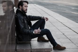 magazynkobiet.pl - pexels photo 247887 330x220 - Męskie buty na zimę 2019 - nasze propozycje!