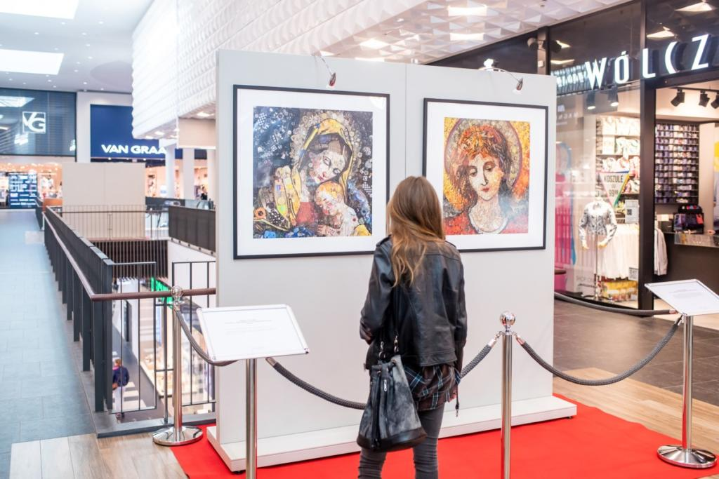 magazynkobiet.pl - Forum Gdańsk sztuka recyclingu wystawa od 20 marca do 6 kwietnia 1024x683 - Sztuka recyklingu według Jane Perkins