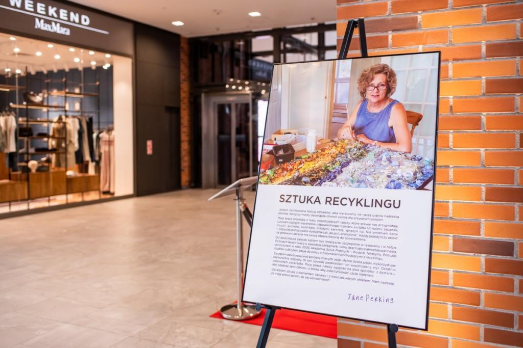 magazynkobiet.pl - Jane Perkins 1024x683 - Sztuka recyklingu według Jane Perkins
