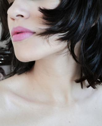 magazynkobiet.pl - Mikrodermabrazja – odmładzamy skórę w gabinecie kosmetycznym foto 330x405 - Mikrodermabrazja – odmładzamy skórę w gabinecie kosmetycznym
