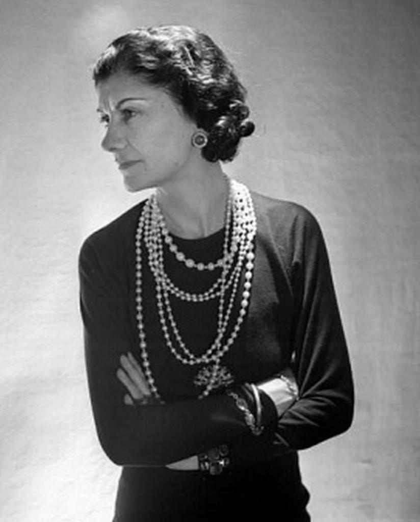 magazynkobiet.pl - 5422797269 8a901a7b4d 2 824x1024 - Coco Chanel