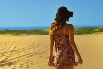 magazynkobiet.pl - beach clothes dune 45924 330x222 - 5 pomysłów na letnią stylizację