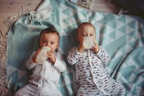 Mleko początkowe — jak wybrać? Czym się charakteryzuje?