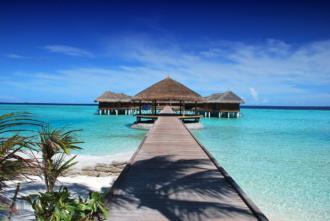 magazynkobiet.pl - malediwy 330x221 - Malediwy - wyspa atrakcji pośrodku oceanu.