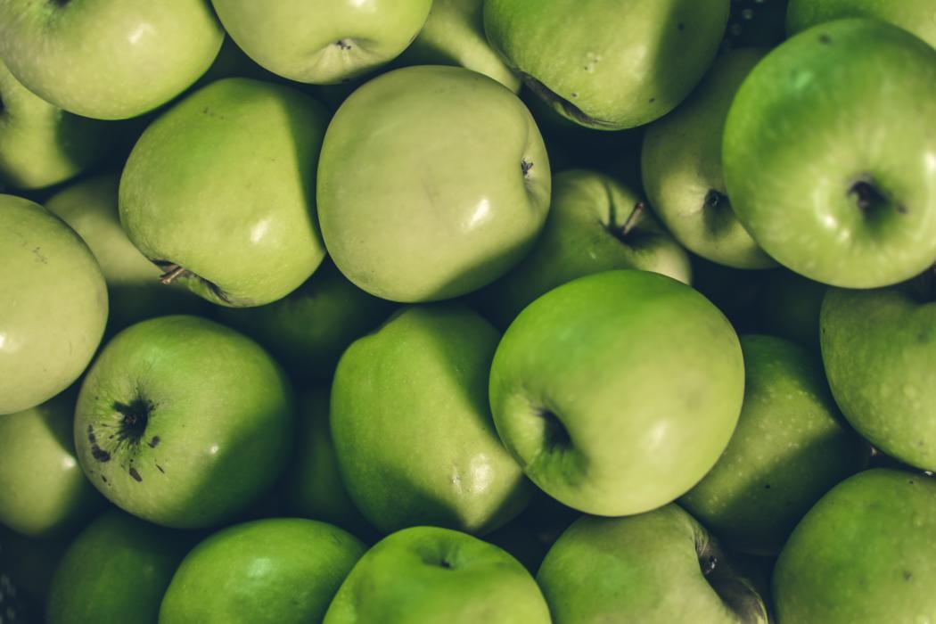 magazynkobiet.pl - kotagauni srinivas BqOTmSUQHvg unsplash 1050x700 - Maseczka z jabłek