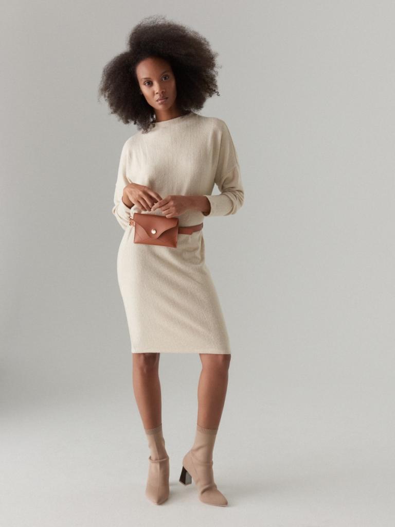 magazynkobiet.pl - botki na slupku sukienka olowkowa 768x1024 - Botki do sukienki – czym kierować się przy wyborze?
