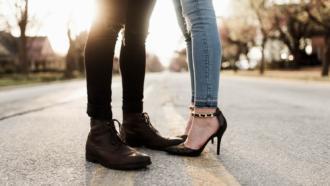 magazynkobiet.pl - photo 1490243248048 8a68b3b77805 330x186 - Kobiecy świat butów