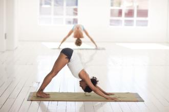 magazynkobiet.pl - yoga 2959213 1280 1 330x220 - Wielofunkcyjna drabinka gimnastyczna Winner Black
